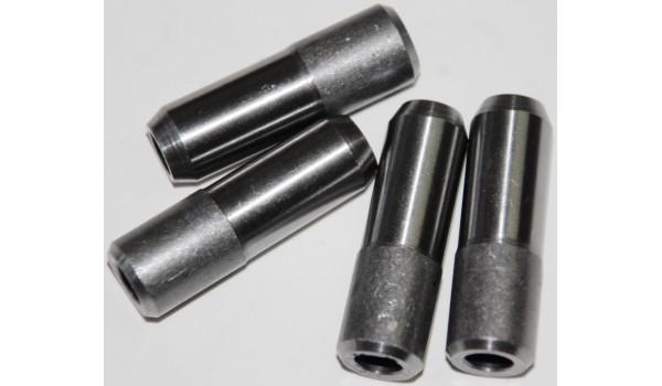 Направляющие втулки (металлические) 4шт (МТ, УРАЛ)